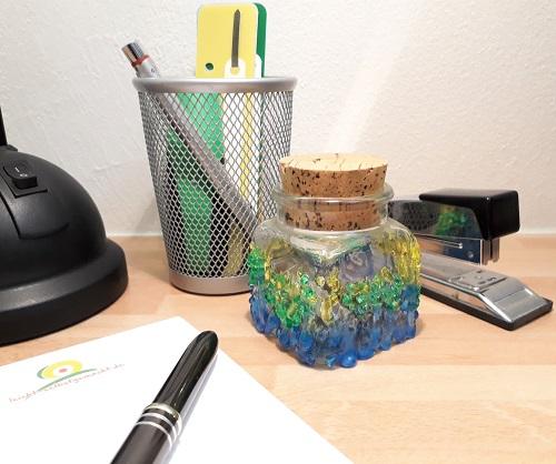 Farbklecks für den Schreibtisch