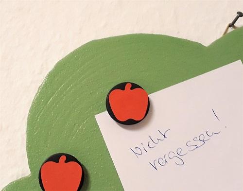 Deko-Tipp Magnetischer Apfelbaum