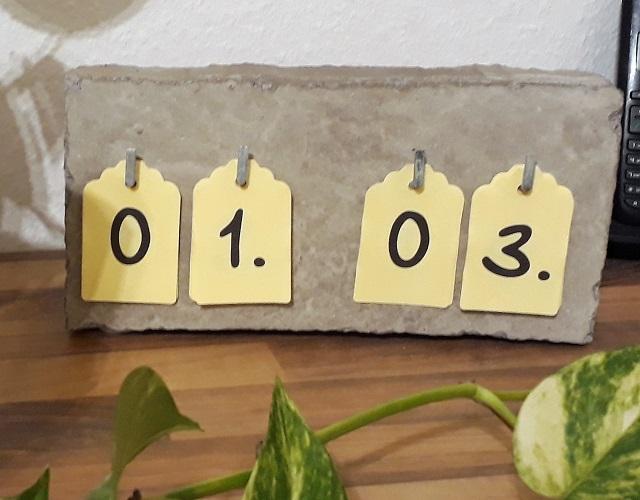 Deko für zu Hause – Kalender aus Beton